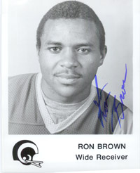 Brown, Ron (Los Angeles Rams) Signed 5x7 B&W Promo Photo