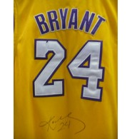 Bryant, Kobe (Los Angeles Lakers) Signed Authentic 24 Gold Los Angeles Lakers Jersey