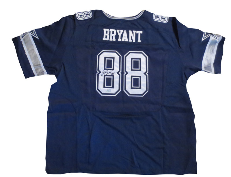 Dez Bryant Autographed Dallas Cowboys Football Jersey Aaa