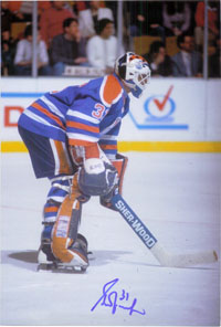 Fuhr, Grant (Edmonton Oilers) Signed 8x12 Photo (Can be cut down to make an 8x10)