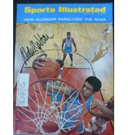 Abdul Jabbar, Kareem Signed Sports Illustrated 4/3/67