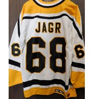 Jagr, Jaromir (Pittsburgh Penguins) Signed Pittsburgh Penguins Authentic Jersey Size 48. (light dirk marks on the front of the jersey)